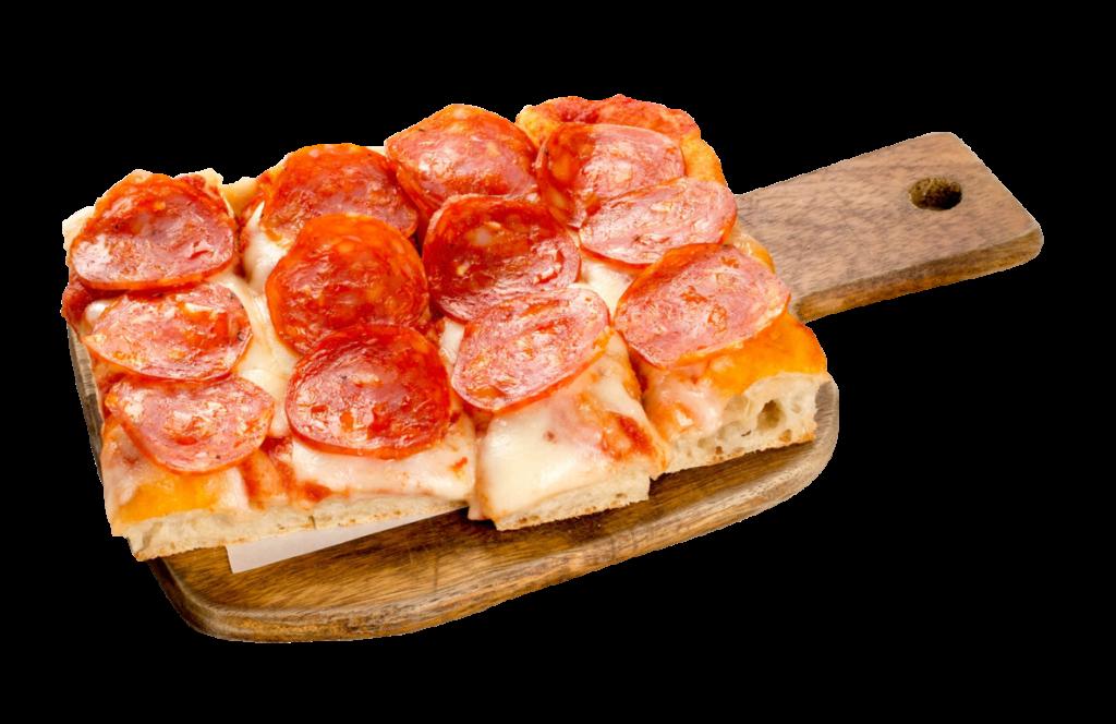 Pizza diavola 110@2x - iO Osteria Bangkok - Best Italian Restaurant Bangkok